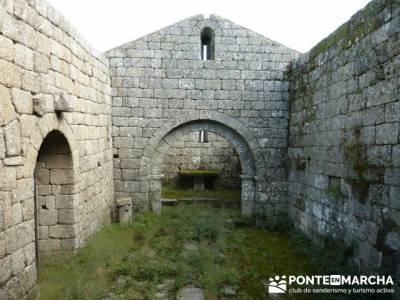 Parque Natural Naturtejo, sitios a visitar en madrid; laguna grande gredos
